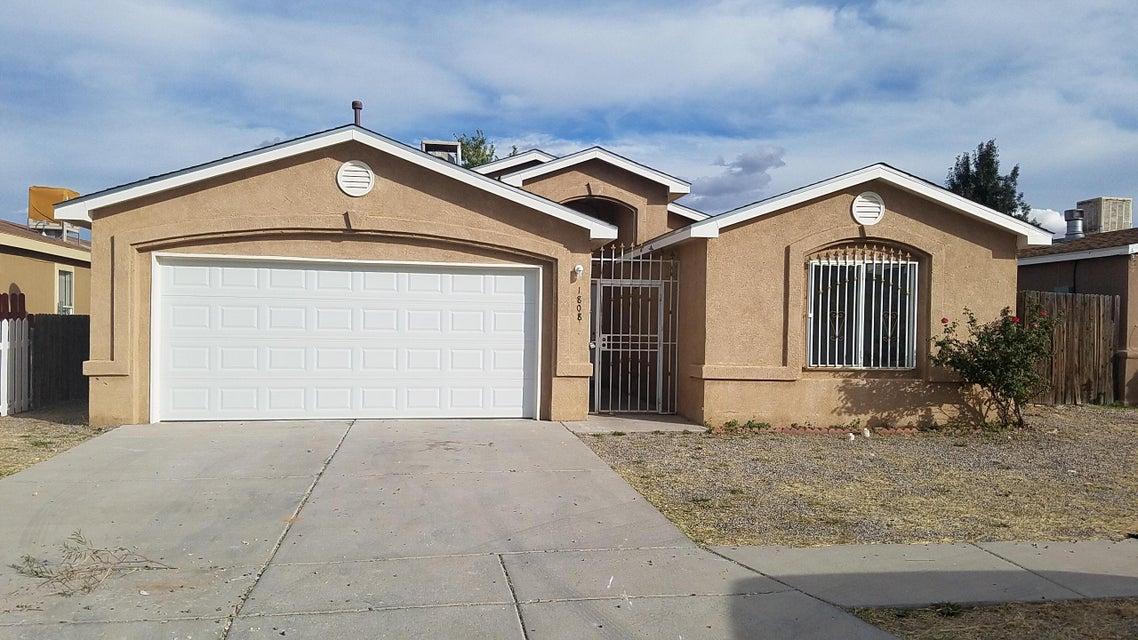1808 Rayo Del Sol Drive SW, Albuquerque, NM 87121
