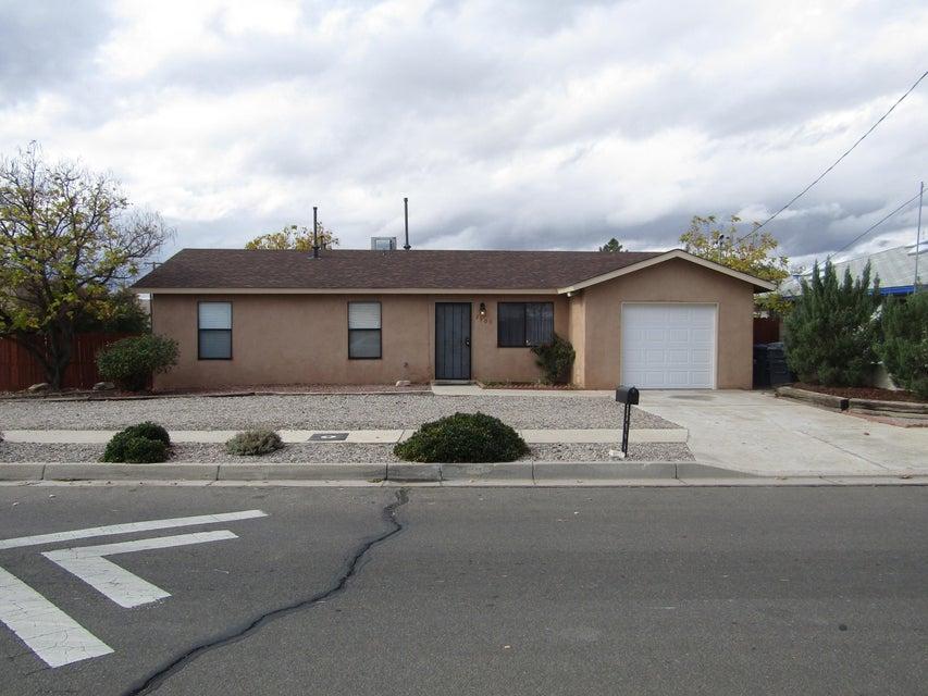 2901 Alamogordo Drive NW, Albuquerque, NM 87120