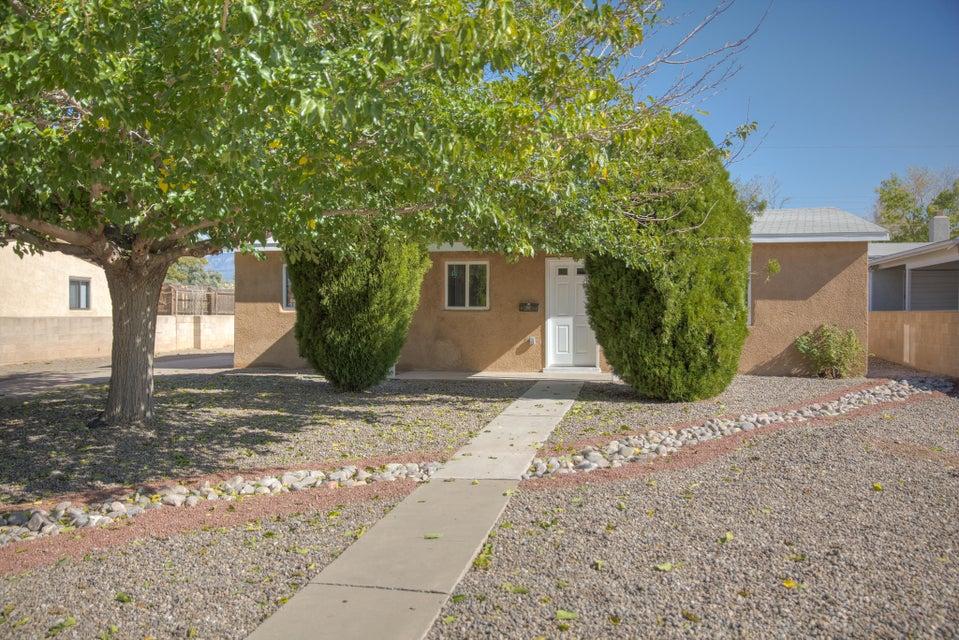 2116 Madeira Drive NE, Albuquerque, NM 87110