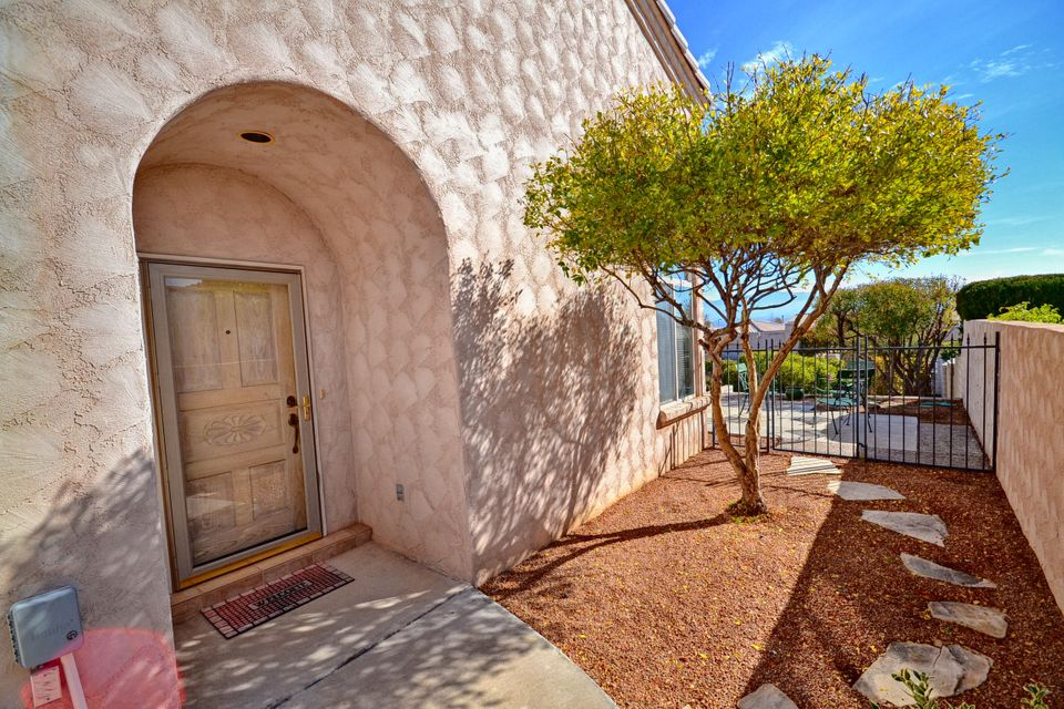 9200 Miramar,Albuquerque,New Mexico,United States 87114,3 Bedrooms Bedrooms,2 BathroomsBathrooms,Residential,Miramar,879088