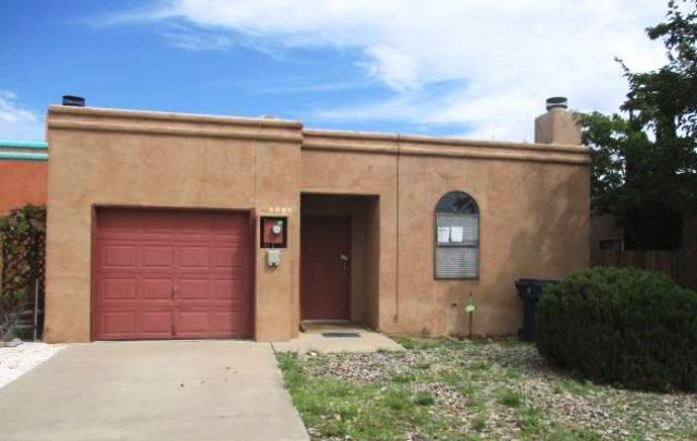 6825 Cleghorn Road NW, Albuquerque, NM 87120
