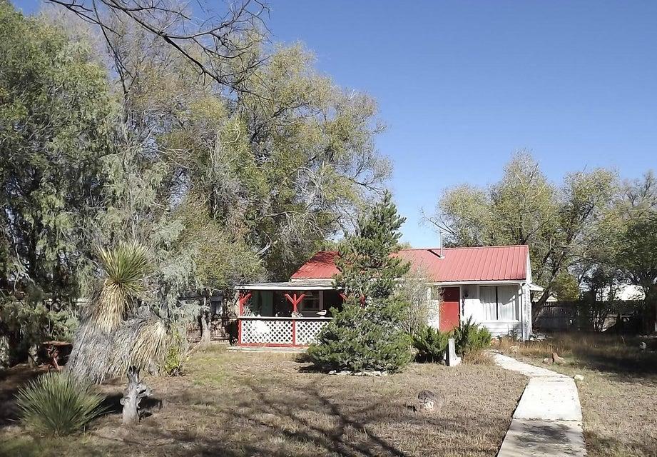 609 Iverness Avenue, Estancia, NM 87016
