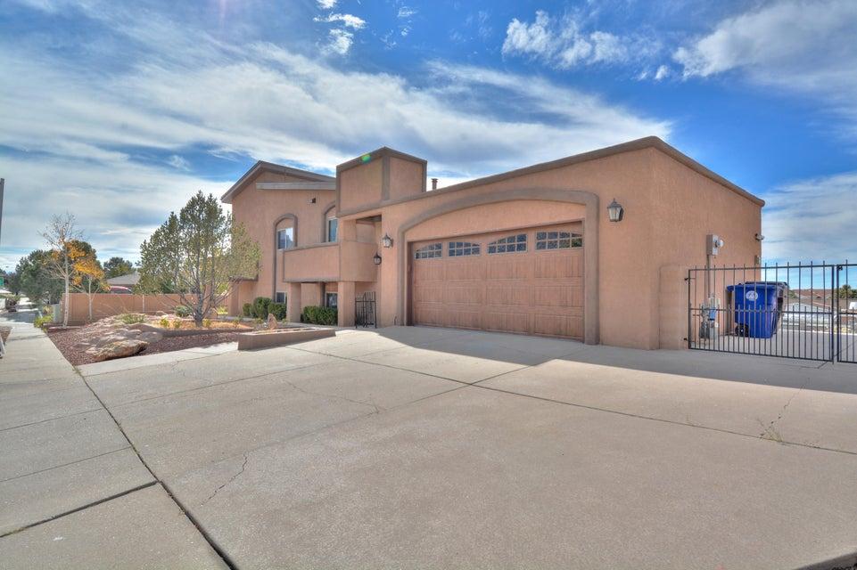 5001 Larchmont NE, Albuquerque, NM 87111