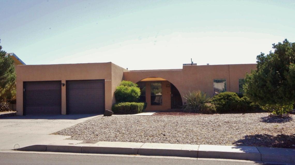 1309 Monte Largo NE, Albuquerque, NM 87112