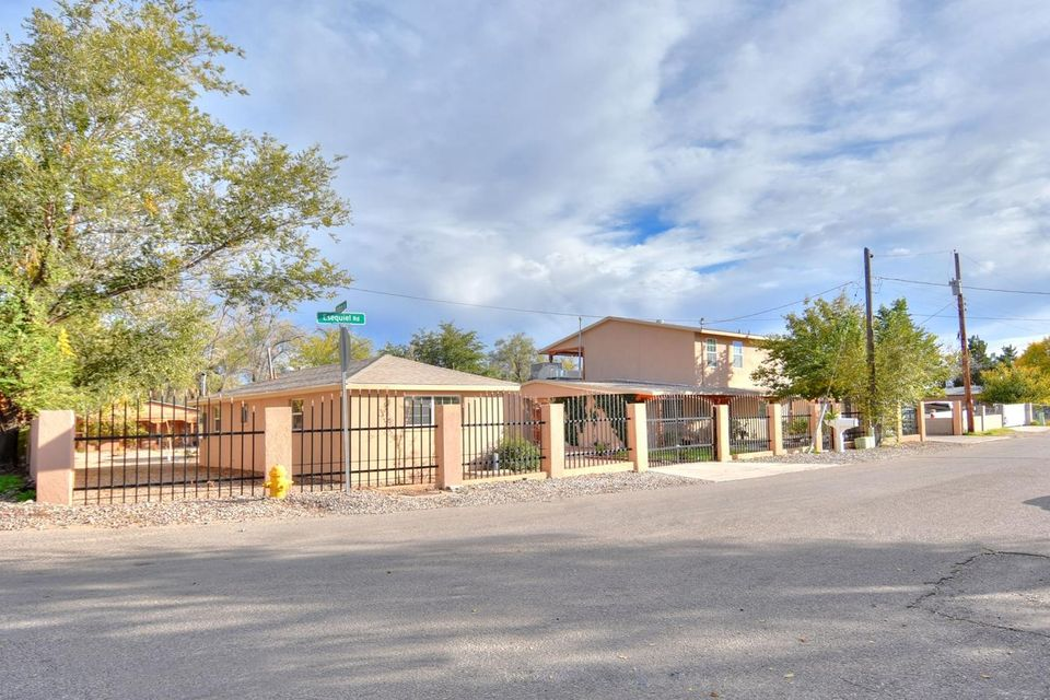 2306 Esequiel Road SW, Albuquerque, NM 87105