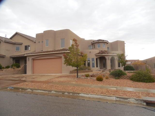 9904 Cardinal Street NW, Albuquerque, NM 87114