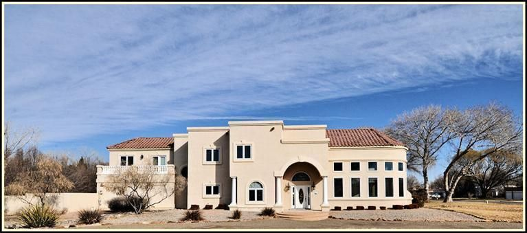 2037 Calle Pajaro Azul NW, Albuquerque, NM 87120