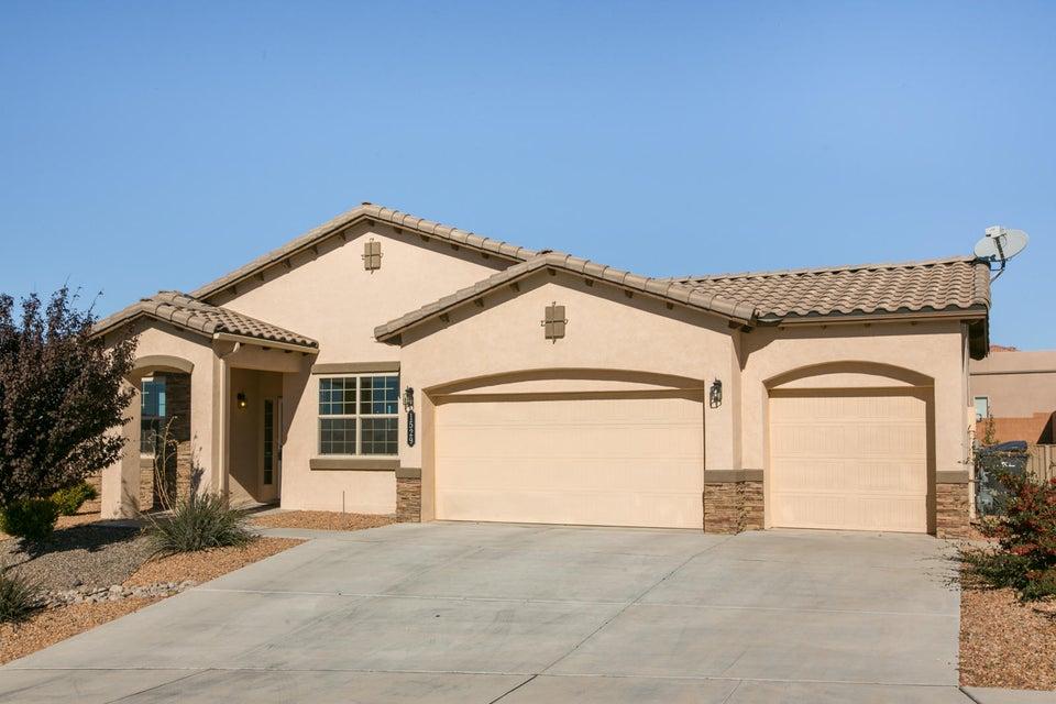 1529 Vista De Colinas Drive SE, Rio Rancho, NM 87124