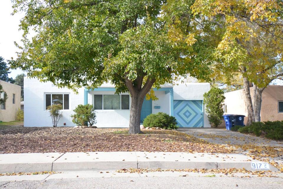 917 Adams Street SE, Albuquerque, NM 87108