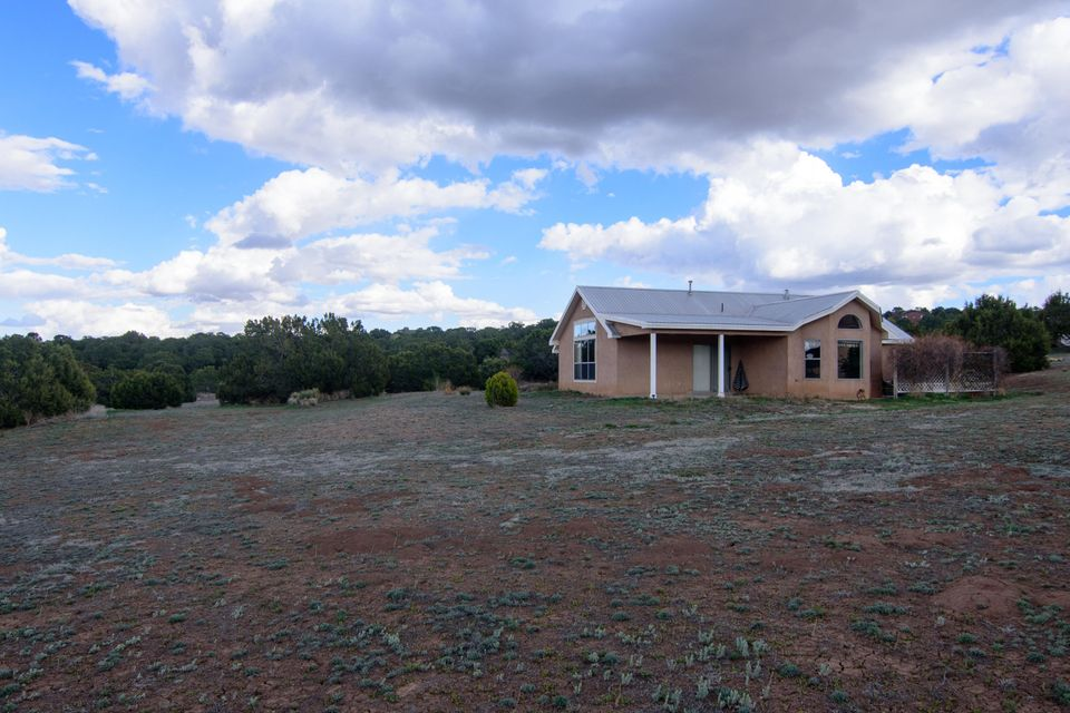 8 Anne Court, Tijeras, NM 87059