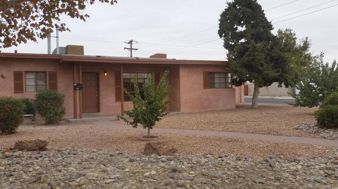 2804 Truman Street NE, Albuquerque, NM 87110
