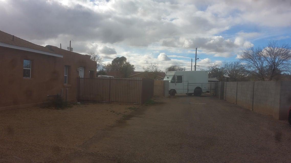 1413 6th, Albuquerque, NM 87102