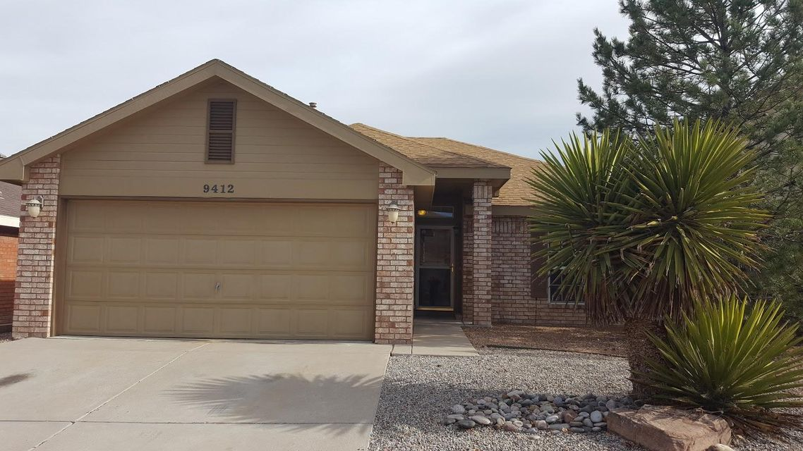 9412 Santala Place NW, Albuquerque, NM 87114