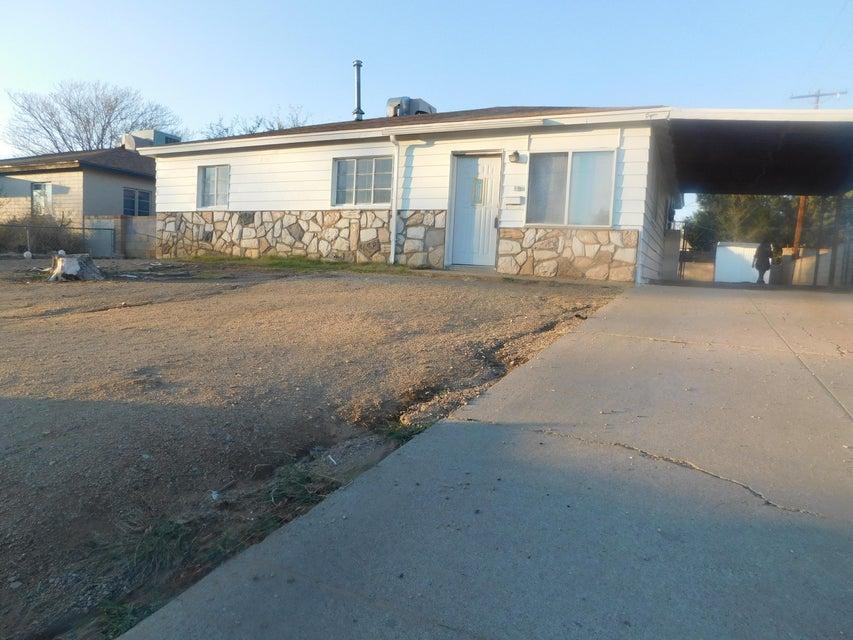 8819 Fairbanks Road NE, Albuquerque, NM 87112