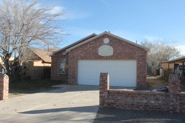 1420 John Street SE, Albuquerque, NM 87102