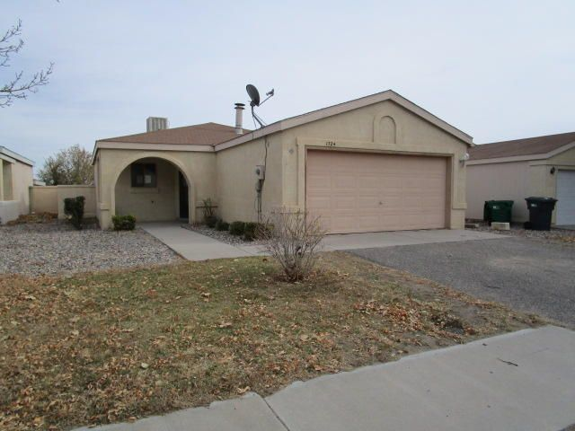 1724 Jeffrey Road NE, Rio Rancho, NM 87144