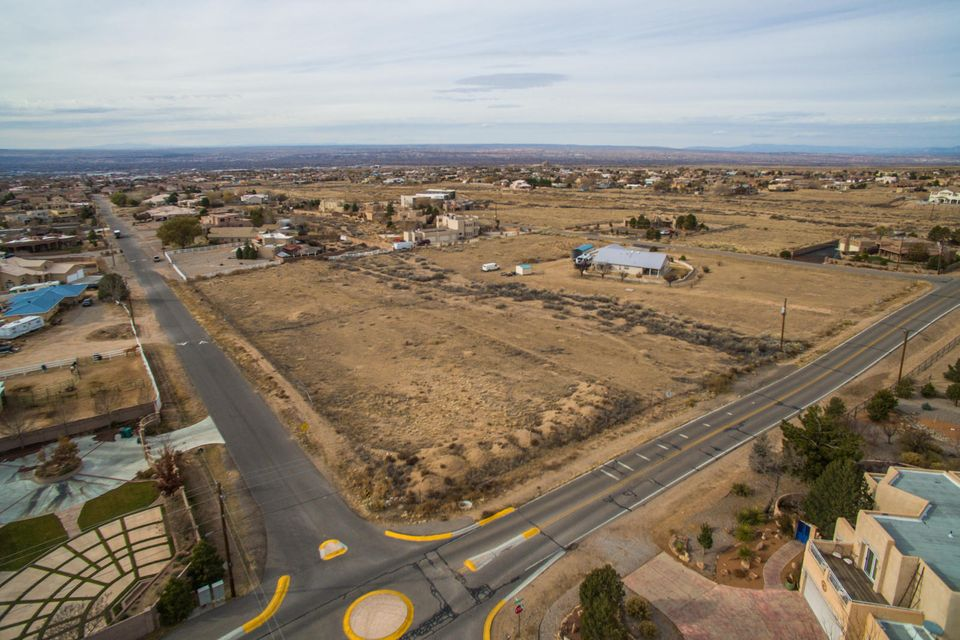 9511 WILSHIRE Avenue NE, Albuquerque, NM 87122