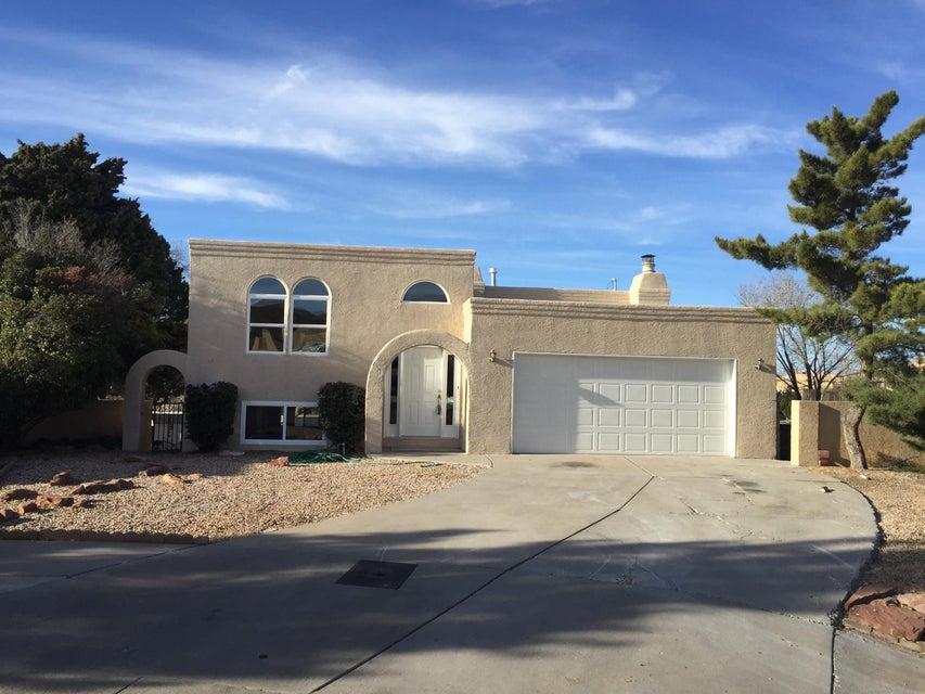 2715 Eastridge NE, Albuquerque, NM 87112