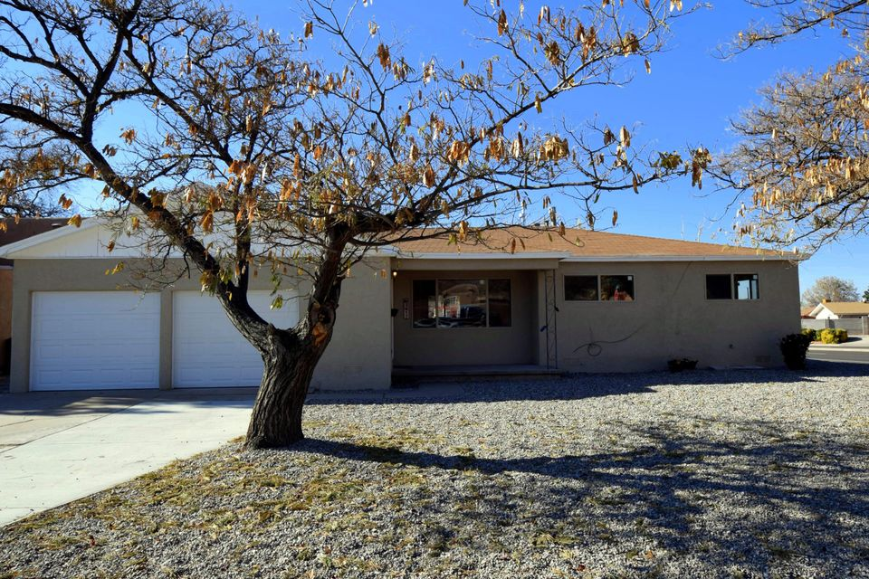 3617 Espejo Street NE, Albuquerque, NM 87111