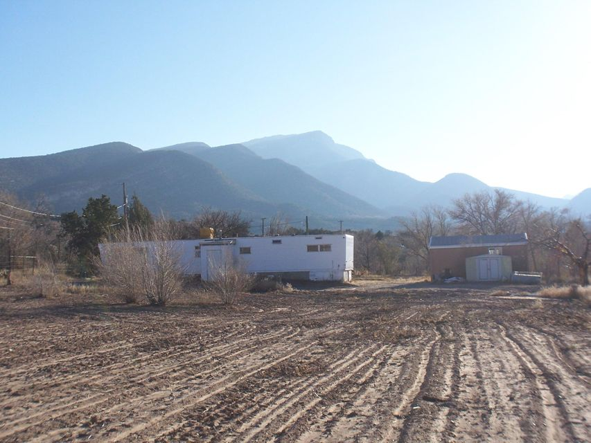 3 CAMINO DE LOS PUEBLITOS, Placitas, NM 87043