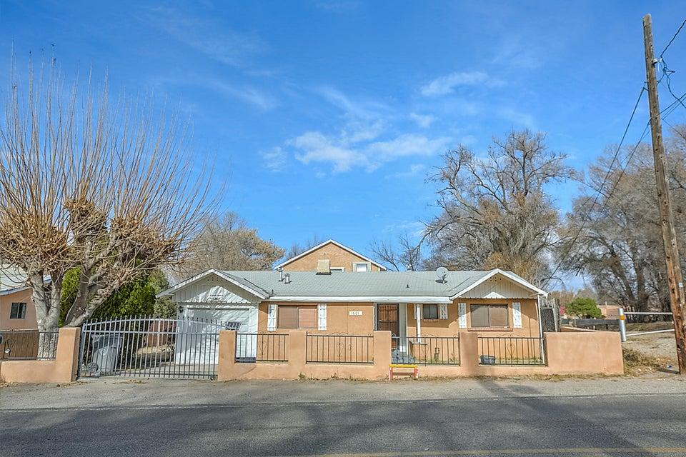 1601 Gonzales Road SW, Albuquerque, NM 87105