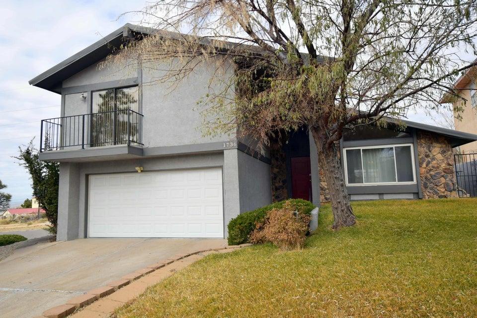 1736 Robert Dale Drive NE, Albuquerque, NM 87112