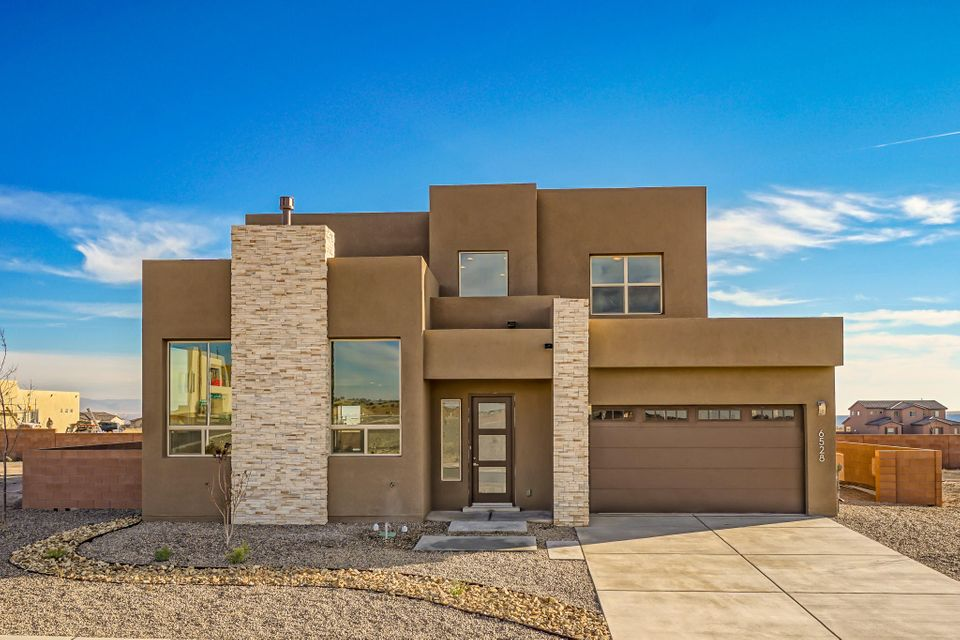 6528 Metz Road NW, Albuquerque, NM 87120