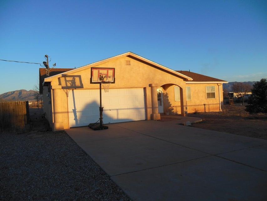 75 Turner Drive, Los Lunas, NM 87031