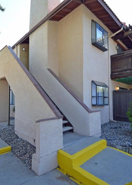 6079 Mckinney Drive NE, Albuquerque, NM 87109