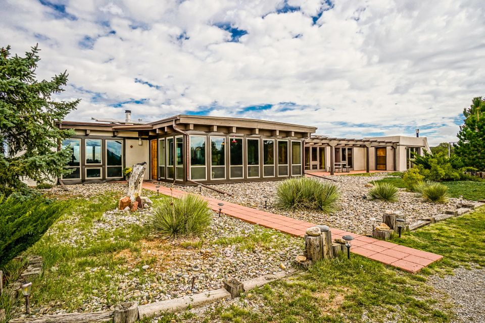 75 Woodland Drive, Tijeras, NM 87059