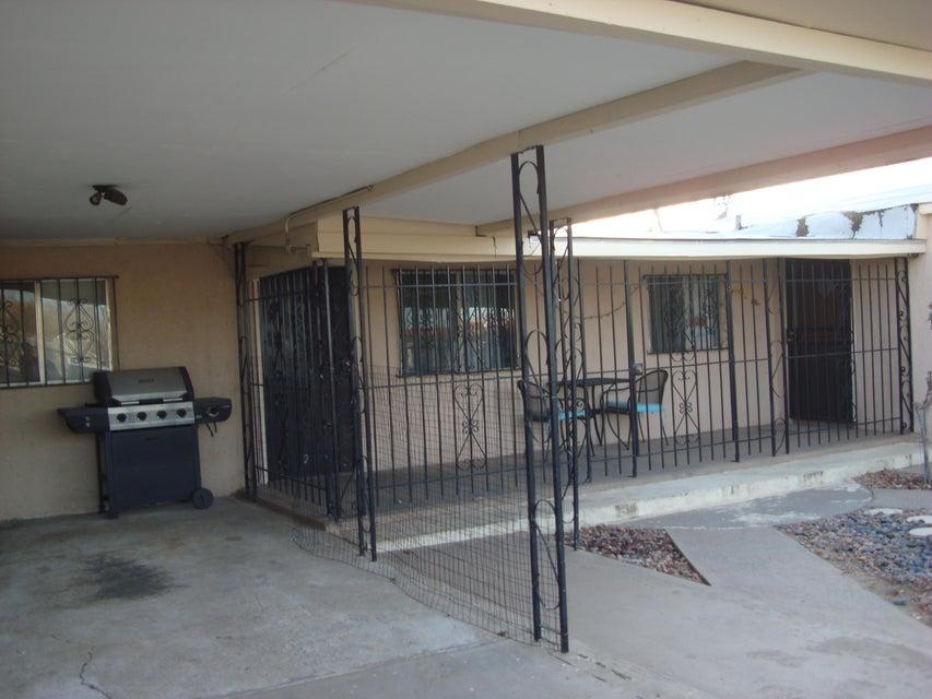 712 Gibson Boulevard SE, Albuquerque, NM 87102