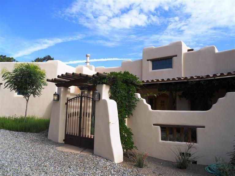 15 Teypana Court, Tijeras, NM 87059