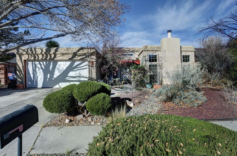5423 Vista Sandia NE, Albuquerque, NM 87111