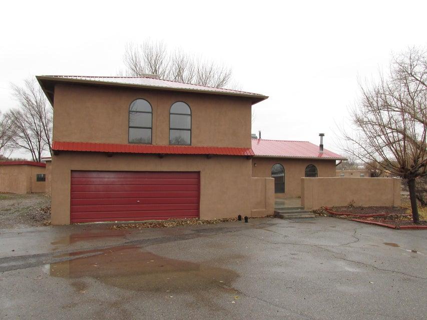 517 Ranchitos Road, Corrales, NM 87048