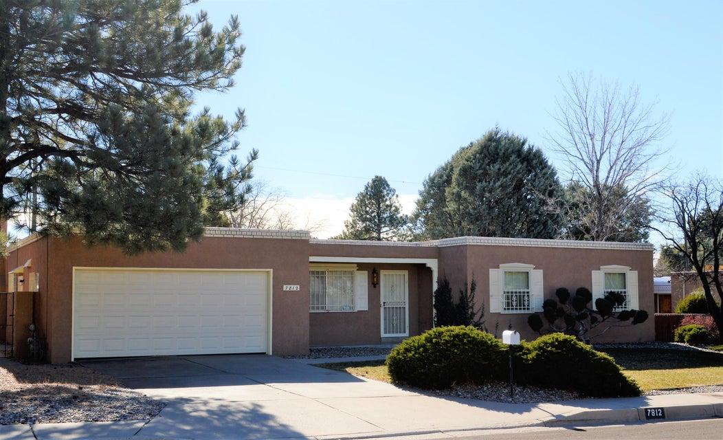 7812 Hermanson Place NE, Albuquerque, NM 87110