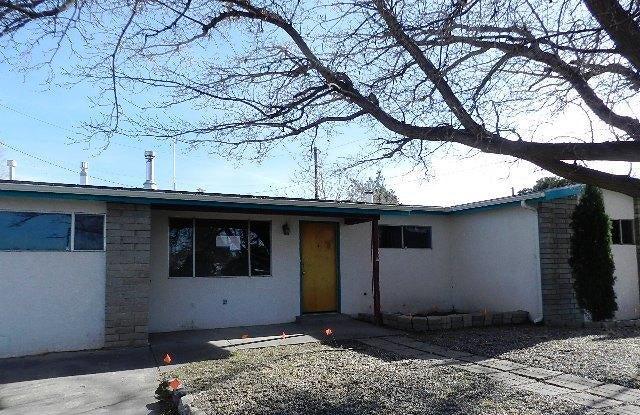 554 Sandler Drive NE, Albuquerque, NM 87123