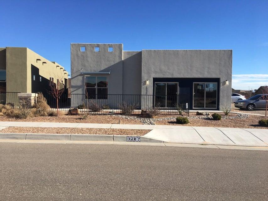 10936 Esmeralda Drive NW, Albuquerque, NM 87114