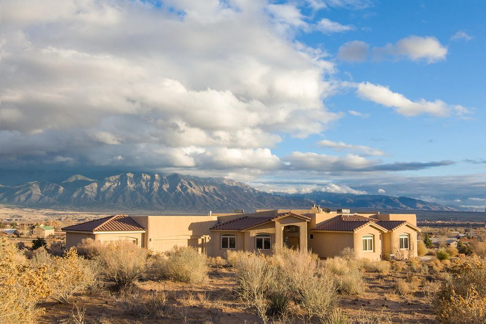 6747 Granada Road NE, Rio Rancho, NM 87144