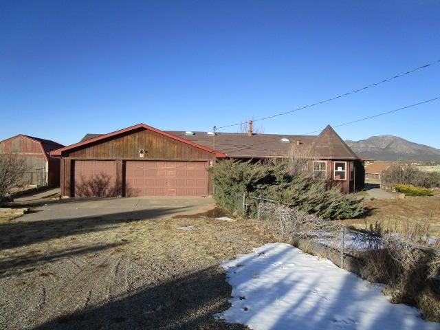 45 Sumption Road, Sandia Park, NM 87047
