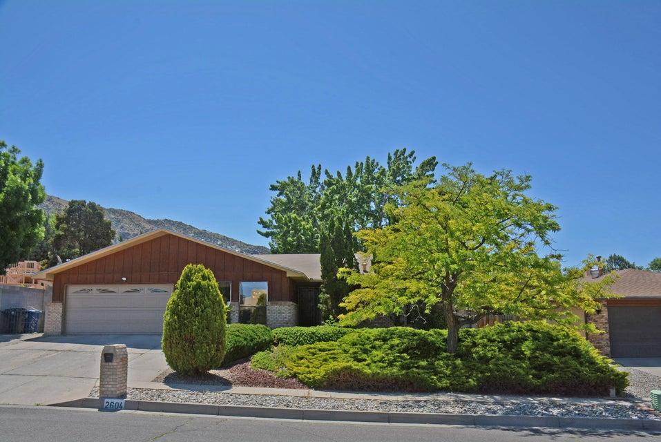 2604 Casa Del Norte NE, Albuquerque, NM 87112
