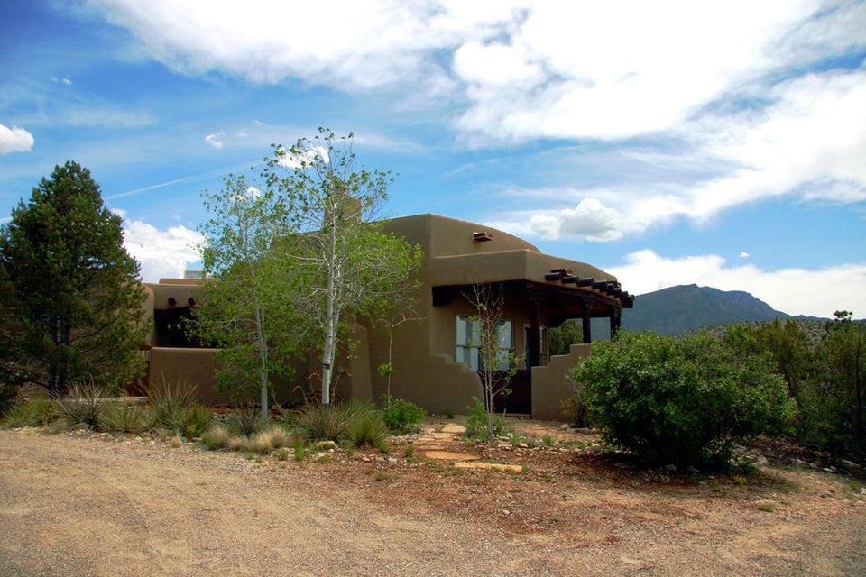 207 Camino De Las Huertas, Placitas, NM 87043