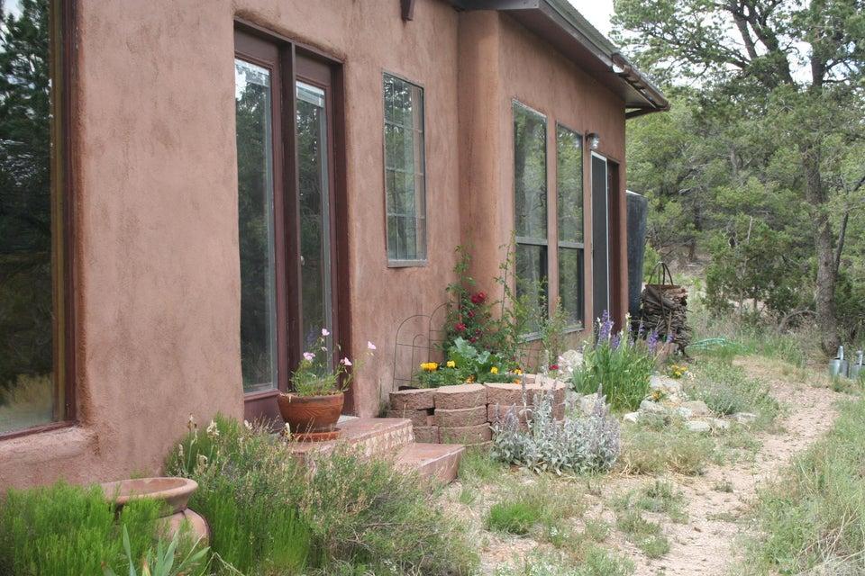134 Mountain Valley, Edgewood, NM 87015