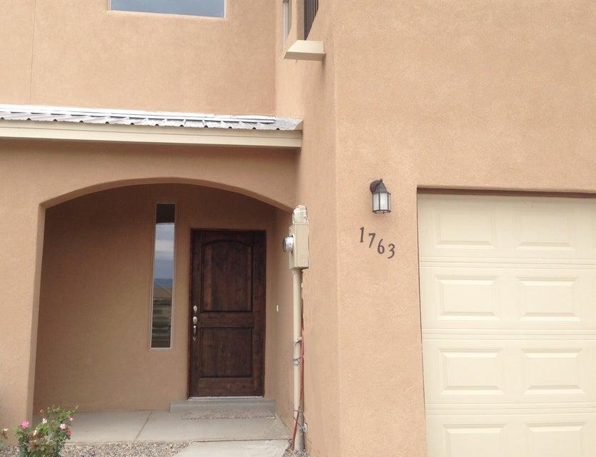 1464 Lumberton Drive NW, Albuquerque, NM 87104