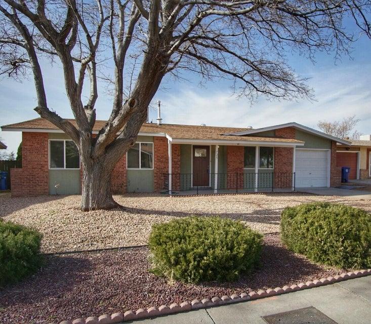 725 Monell NE, Albuquerque, NM 87123