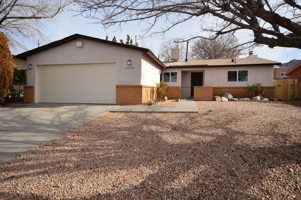 1228 La Charles Drive NE, Albuquerque, NM 87112