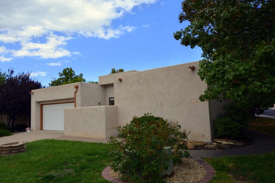 6400 Turnberry NE, Albuquerque, NM 87111