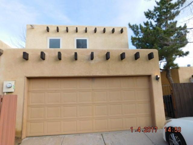 31 Calle Playa Del Sol NE, Albuquerque, NM 87109