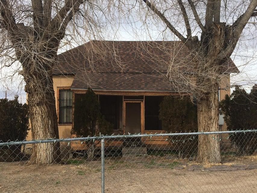 1321 Sawmill Road NW, Albuquerque, NM 87104