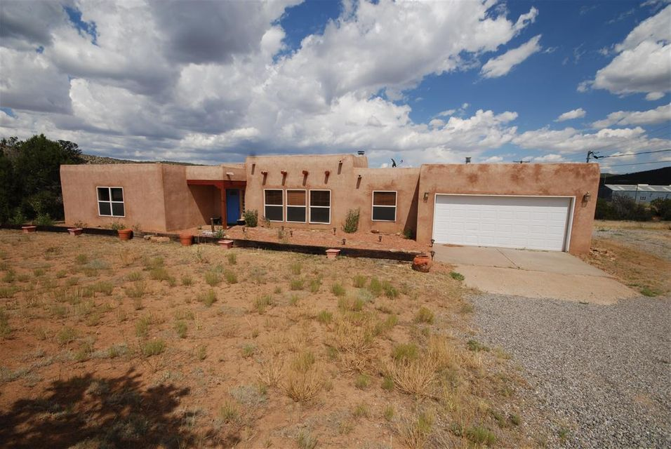 18 Rincon Loop, Tijeras, NM 87059