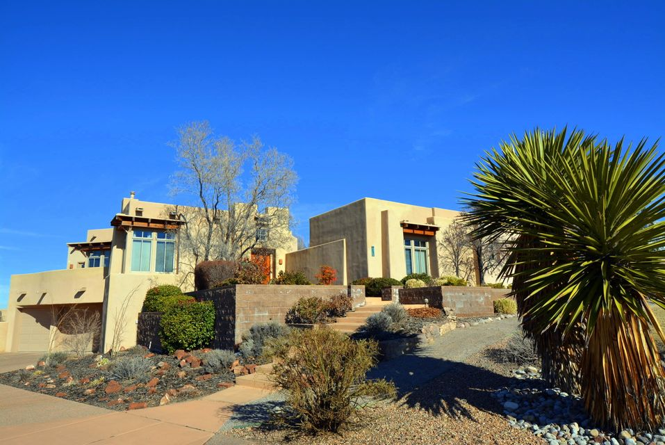 9631 Desert Mountain Road NE, Albuquerque, NM 87122